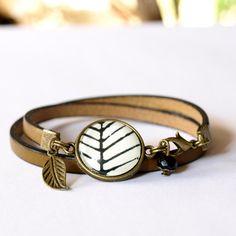 Natural leather brown bracelet, cabochon bracelet, boho brown leather bracelet