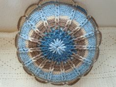 crocheted round pillow patterns | Crochet on Etsy: Textured Round Pillow — Crochet Concupiscence~ wish I had the pattern for this. Does anyone have it?