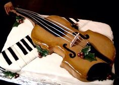Music Cake with violin - perfect for Aaron! Music Birthday Cakes, Music Cakes, Birthday Cake Girls, 16th Birthday, Crazy Cakes, Fancy Cakes, Violin Cake, Piano Cakes, Quinceanera Cakes