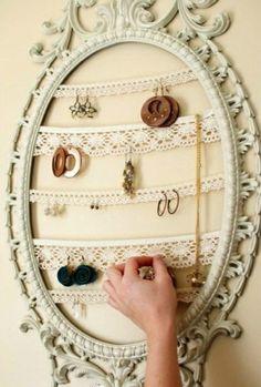 dentelles cadres vintage à la place du mirroir