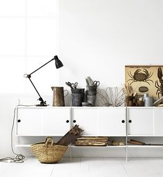 Sideboard: String