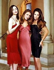 Charmed 2013 Update Photo Gallery – Alyssa Milano, Holly Marie Combs, Shannen Doherty, Rose McGowan and Kaley Cuoco Holly Marie Combs, Rose Mcgowan, Piper Charmed, Charmed Sisters, Serie Charmed, Charmed Tv Show, Seinfeld, Alyssa Milano Charmed, Alicia Milano