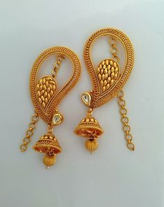 Ali baba Selani g Gold Jhumka Earrings, Gold Earrings Designs, Antique Earrings, Cuff Earrings, Diamond Earrings, India Jewelry, Jewellery, Jewelry Patterns, Wedding Jewelry