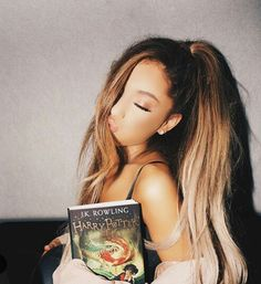 Imagen de ariana grande, harry potter, and arianagrande