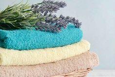 Un spray à la lavande : la bonne idée maison pour que le linge sente toujours bon ! noté 4.67 - 3 votes On aime tellement ce classique qu'est la lavande que nous sommes prêts à l'utiliser à toutes les sauces : en savon pour les mains ou le corps, pour soigner un maux de...