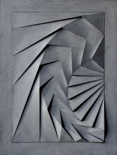 French artist Benjamin Plé's work maintains a level of playful abstraction, inspired by architectural spaces and object design. His stunning bas reliefs. Architectural Sculpture, Architectural Models, Paper Crafts Origami, French Artists, New Wall, Art Sketchbook, Optical Illusions, Urban Art, Painting On Wood