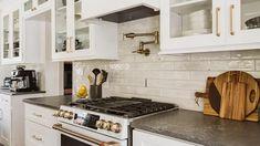 Key Design Takeaways from Celebrity Kitchens White Shaker Kitchen Cabinets, Kitchen Cabinets In Bathroom, Diy Kitchen, Kitchen Design, Kitchen Ideas, Shiplap Bathroom, Kitchen Layout, Kitchen Inspiration, Bathroom Wall