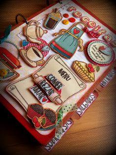 Divertido Livro de Receitas #cook #scrapbook Homemade Recipe Books, Homemade Cards, Diy Birthday, Birthday Cards, Recipe Book Covers, Scrapbook Recipe Book, Recipe Book Templates, Felt Crafts Patterns, Paper Pop