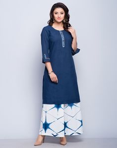 Front Simple Kurti Designs, New Blouse Designs, Salwar Designs, Kurta Designs Women, Kurti Designs Party Wear, Simple Pakistani Dresses, Pakistani Dress Design, Plain Kurti, Cotton Dresses Online