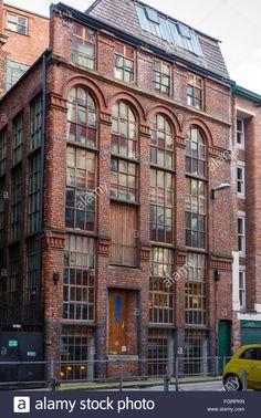 Image result for victorian warehouses Elf 2, Abandoned Castles, Warehouses, Manchester, Facade, Minecraft, Multi Story Building, Victorian, Photoshoot
