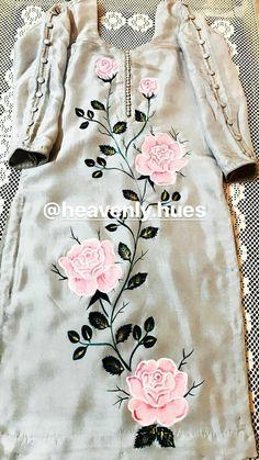 Best 12 Kurti designs for stitch – Page 133700682673498425 – SkillOfKing.Com – SkillOfKing. Fabric Painting On Clothes, Fabric Paint Shirt, Painted Clothes, Dress Painting, Basic Painting, Silk Painting, Neck Designs For Suits, Dress Neck Designs, Sleeve Designs