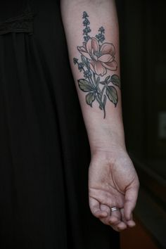 Forearm wild rose + lavender for Kristin. Thanks for coming in on your visit, lady!