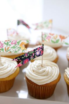 Floral flag cupcake toppers
