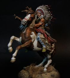 Lakota Warrior, Indian of The Great Plains - XIX cent. - Virtual Museum of Historical Miniatures Native American Warrior, Native American History, Native American Indians, Native American Pictures, Native American Artwork, Native Indian, Indian Art, Indian Face Paints, Indian Tattoo Design