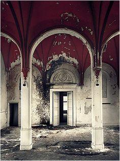 PROVINCIAL HOSPITAL SANTPOORT abandoned-homes-buildings