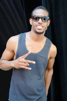Marlon wayans looking cool and fresh in those shades. Beautiful Men, Beautiful People, Marlon Wayans, Afro Men, Celebs, Celebrities, Man Candy, Man Crush, Hot Boys
