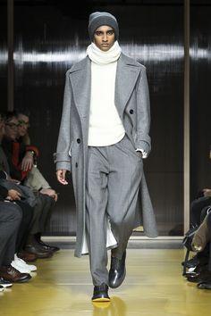 Boss Fall 2018 Menswear Collection - Vogue #MensFashionMenswear