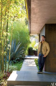 Singer-songwriter John Legend at the Los Angeles house he shares with his fiancée, model Christine Teigen | archdigest.com