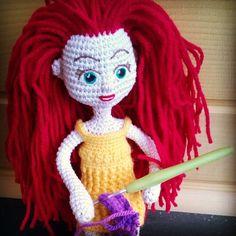 #simonared #amigurumi #toy #doll #crochet #redhair #greeneyes #embroideredeyes #yellowdress #smiling #readytoplay #handmade #custommade by amigurumibysimonared
