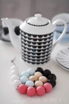 DIY: how to make wood bead coaster
