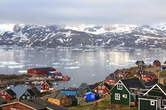 Greenland - Travel Guide and Travel Info ~ Tourist Destinations