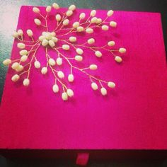 1st choice: Silk Pink box with pearl decoration. :) Product available at: https://www.facebook.com/1stchoicegift