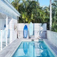 Minimalist small pool design with beautiful garden inside 03 - Round Decor