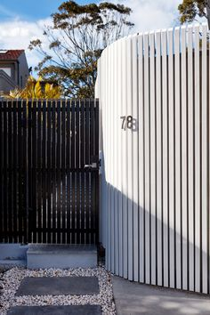 The Little Grey Granny with Curves by Hobbs Jamieson Architecture House Fence Design, Modern Fence Design, Front Gate Design, Door Design, Side Gates, Front Gates, Front Fence, Entry Gates, House Front Gate
