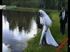 16 of the Funniest Wedding GIFs on the Internet