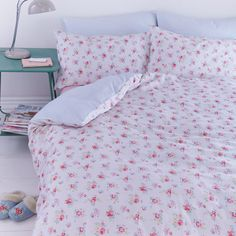 #floral bedding so cute Emil & Paula   Cath Kidston Camberwell Rose  