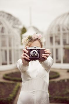 A very Vintage Chic 1920's 30's Inspired Bridal shoot at The Botanical Gardens