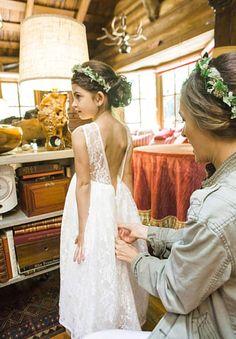 13b1c3b1592d0 Cheap Ivory Beach Lace Wedding Flower Girl Dresses 2016 A-Line Jewel V  Backless Little Girl Bridal Dress Floor length Princess Custom Made