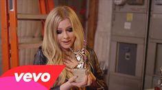Avril Lavigne - #VEVOCertified, Pt. 1: Award Presentation