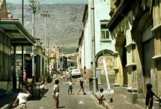 District Six 1969 cape Town South Africa Old Pictures, Old Photos, Cape Town Photography, Cities In Africa, Hanover Street, Cape Town South Africa, Most Beautiful Cities, African History, Street View