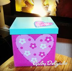 Disney Valentines, Decoupage, Diy And Crafts, Container, Country, Gifts, Basket Gift, Bag Packaging, Gift Wrapping