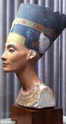 Why 3,300-year-old sculpture of  legendary Egyptian beauty Queen Nefertiti was the first woman to be airbrushed.