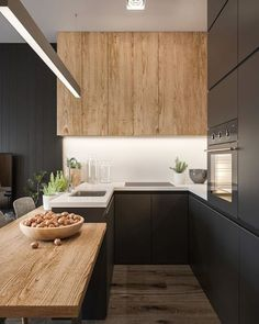 The 50 BEST BLACK KITCHENS - kitchen trends you need to see. It is no secret, in the design world, that dark kitchens are all the rage right now! Black kitchens have been popping up left and right and we are all for it, well I am anyways! Stylish Kitchen, Modern Kitchen Design, Interior Design Kitchen, New Kitchen, Kitchen Decor, Kitchen Ideas, Kitchen Small, Kitchen Colors, Loft Kitchen