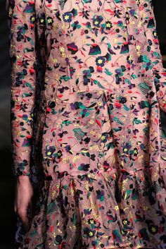 Erdem Fall 2015 Ready-to-Wear - Details - Gallery - Style.com