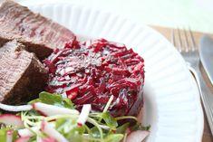 Muhevan makuinen punajuuri-vuohenjuustopaistos - Kulinaari-ruokablogi Takana, Steak, Food, Essen, Steaks, Meals, Yemek, Eten