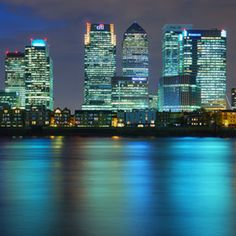 Canary Wharf (London)  /By Aubrey Stoll