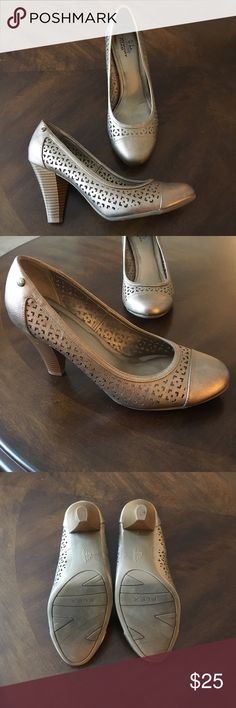 """Bronze Life Stride Pumps - Memory Foam Bronze Life Stride Pumps - Memory Foam Foot-Beds. Like new. Worn only a couple times. Little to no wear. Approximately 3"""" Heal. No trades. Offers considered. Life Stride Shoes Heels"""