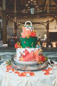 33 Elegantly Colored Wedding Cakes ❤ See more: http://www.weddingforward.com/colored-wedding-cakes/ #wedding #cakes