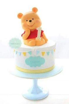 Bake-a-boo Cakes.Winnie the pooh birthday cake. A perfect theme Winnie Pooh Torte, Winnie The Pooh Birthday, Bake A Boo, Petit Cake, Baby Birthday Cakes, 1st Bday Cake, Birthday Ideas, Birthday Boys, Disney Birthday