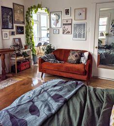 Living Room Decor, Living Spaces, Dream Apartment, Studio Apartment, Mid Century Modern Living Room, Pretty Room, Aesthetic Room Decor, Living Room Inspiration, Home Decor Kitchen