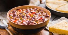 Enjoy classic chili loaded with veggies, sausage, ground beef, and beans! Freeze Dried Meat, Freeze Drying, Thrive Life, Ground Beef, Chili, Sausage, Frozen, Beans, Veggies
