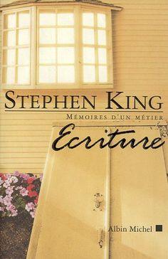 Écriture : Mémoires d'un métier eBook: Stephen King: Amazon.fr: Boutique Kindle  [ Bon. Vous voilà dans votre bureau, rideaux tirés, porte fermée, téléphone débranché. Vous avezfait exploser votre télé et vous vous êtes juré d'écrire vos mille mots par jour, qu'il pleuve, vente ou neige. Se pose alors la grande question : de quoi allez-vous parler ? ] S. K. A lire absolument !
