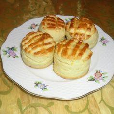 Krumplis pogácsa Katharosz konyhájából | Nosalty Pancakes, Muffin, Pudding, Favorite Recipes, Bread, Baking, Breakfast, Food, Morning Coffee