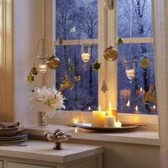 Besinnliche Fensterdeko zu Weihnachten