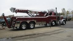 Badass 35 ton rotator @ B&B Industries & Bill Bottoms always under spec'd capabilities Truck Mechanic, Tow Truck, Logging Equipment, Heavy Equipment, Semi Trucks, Big Trucks, Car Hauler Trailer, Towing And Recovery, Rescue Vehicles