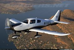 Columbia aircraft (now a Cessna Corvalis)  fastest single, fixed gear engine recip in the world. Fabulous range